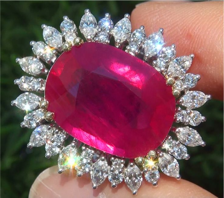 27.74 Carat Natural SI1 Ruby Diamond Solid 18k Gold Vintage Cocktail Ring