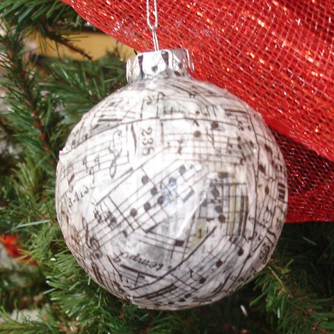 Great use of tissue tape on this musical glass ornament - Ornament tapete weiay ...