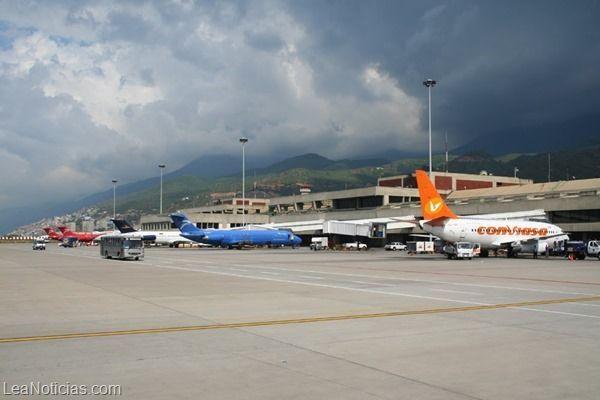 Ajustan tasas de vuelos nacionales e internacionales en Maiquetía - http://www.leanoticias.com/2014/01/07/ajustan-tasas-de-vuelos-nacionales-e-internacionales-en-maiquetia/