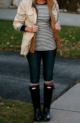 Hunter Boots are the perfect Fall accessory!  So chic!