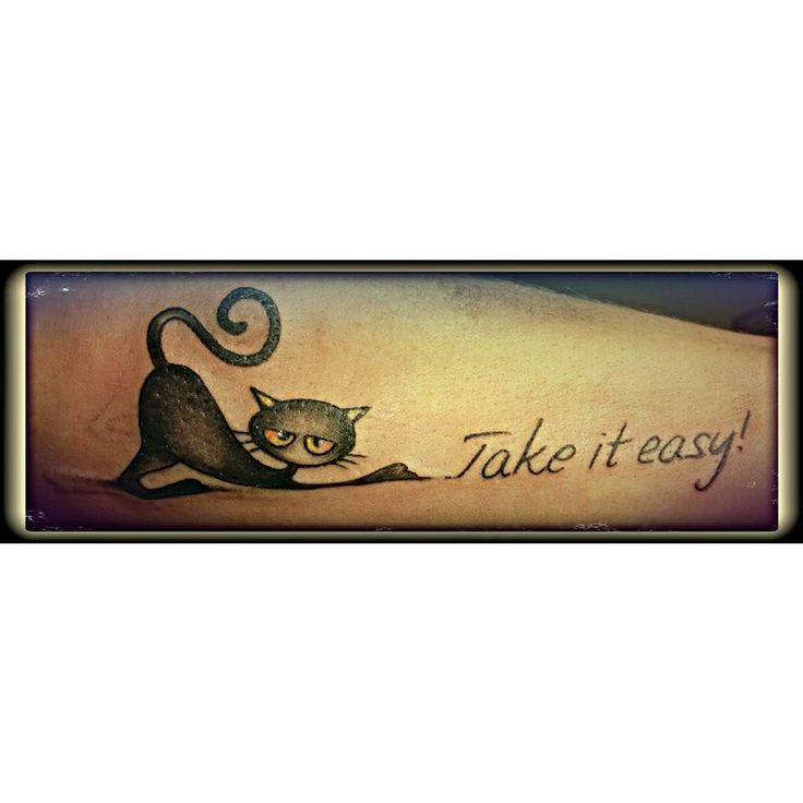 My first tattoo... felice!!!!!! #happy #tattoo #takeiteasy #cat #gatto #miao #gattofurbo #gatito #tatuaggio #picsoftheday #photooftheday #credocheneseguirannoaltri #ary by disastro77