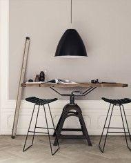 A3 stool - black leather_Bestlite BL9 XL - black-chrome-800x800