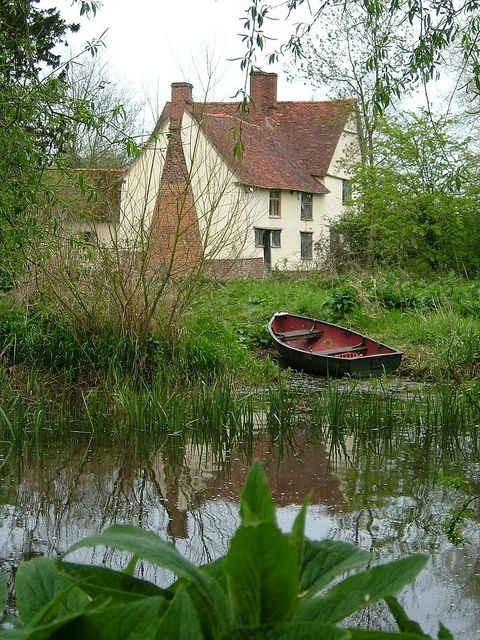 Willy Lott's Cottage is a 16th-century cottage in Flatford, East Bergholt, Suffolk, England