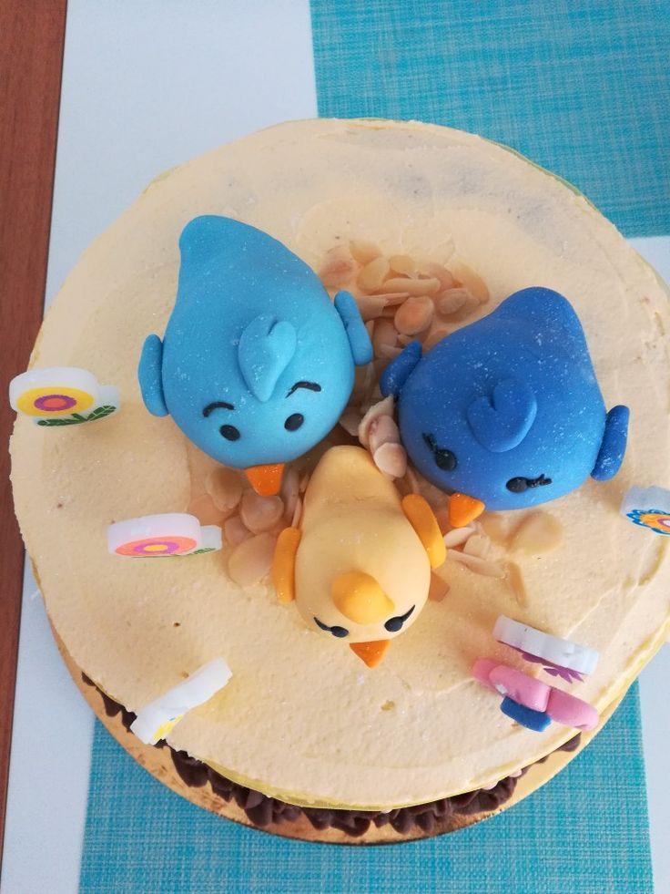 Torta de cumpleaños familia de  pajaritos primer cumpleaños