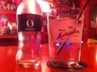 Gin tonic en vaso de ron
