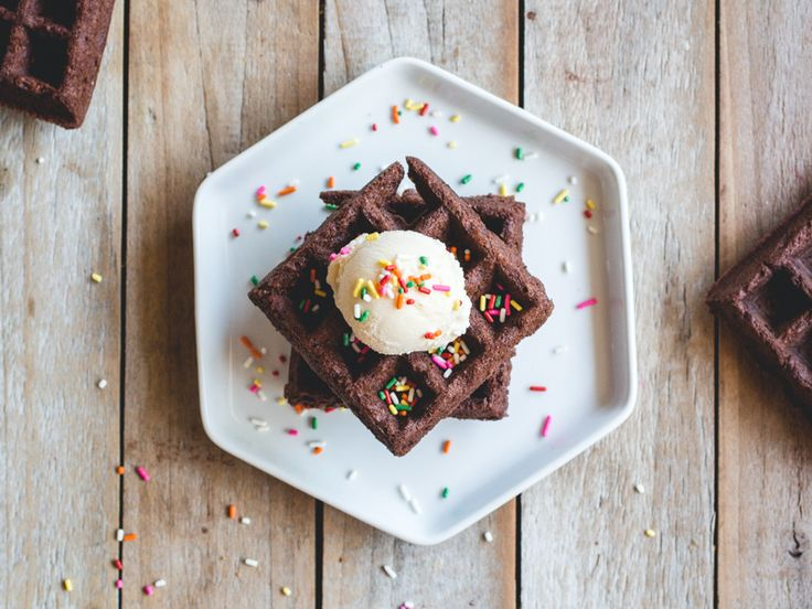 Brownies may just be the new breakfast of champions. Here's the proof!
