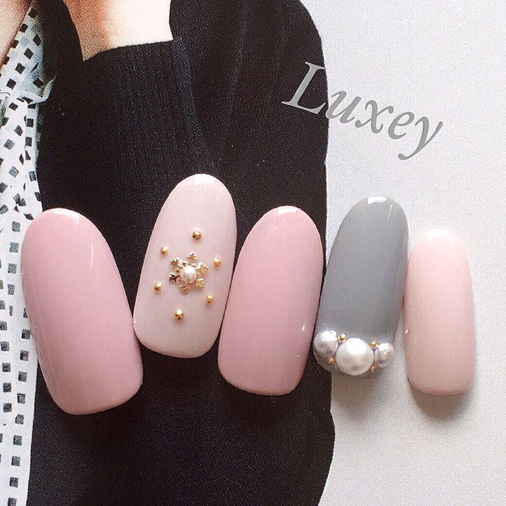 pink grey nail