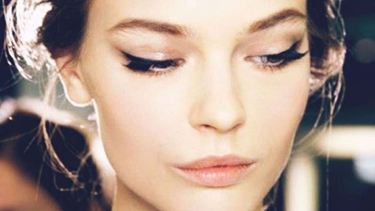 Find out how to undo a too-much-makeup mistake on SHEfinds.com.