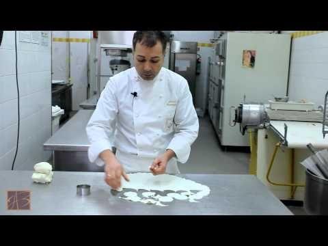 Video ricetta Glassa al cioccolato - ARTE BIANCA - YouTube