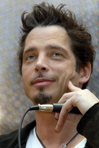 Chris Cornell - Is it possible for this man to be any better looking?  No I think he's beyond gorgeous! ...  oh, and the voice ;)