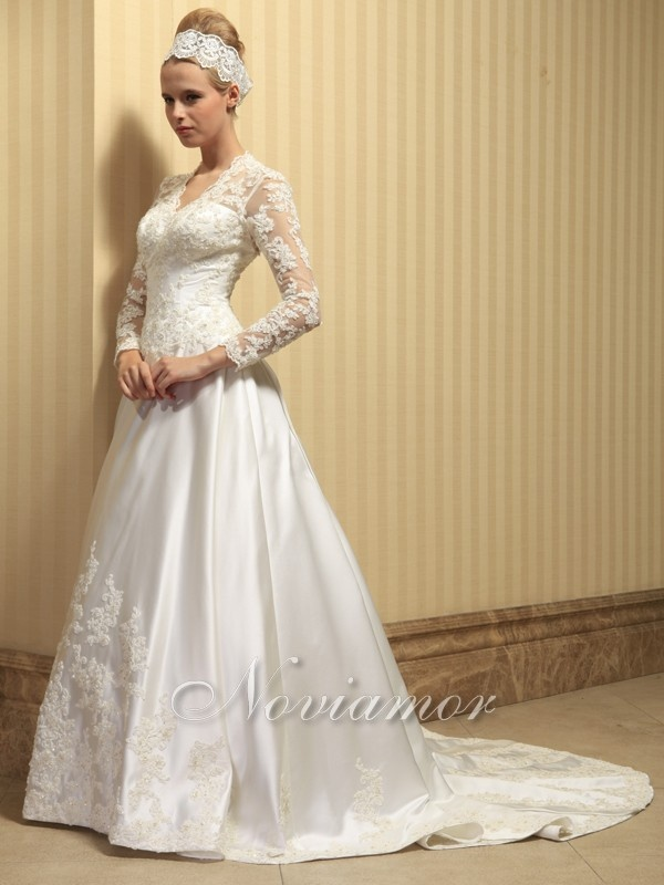 Vintage Long Lace Sleeves Satin Wedding Gown Vwd016