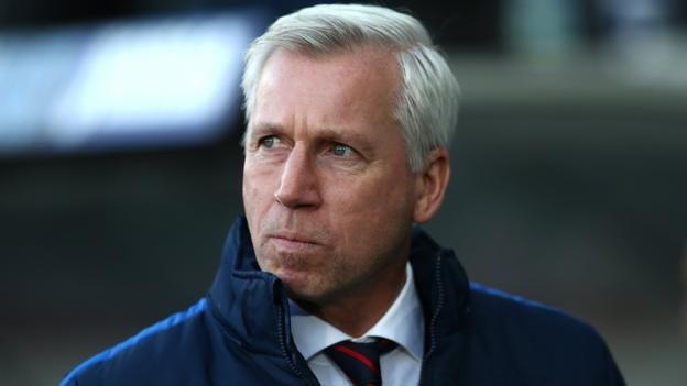 Alan Pardew: Crystal Palace sack manager with club 17th in Premier League