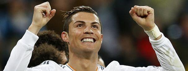 O internacional português Cristiano Ronaldo pode conquistar hoje pela segunda vez a Bola de Ouro, reeditando a proeza de 2008, discutindo o estatuto de melhor futebolista de 2013 com o argentino Lionel Messi e o francês Franck Ribéry.