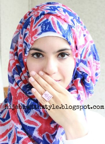 Hijabi with Style: Slogan Kitsch Jewellery- I'm Obsessed!!