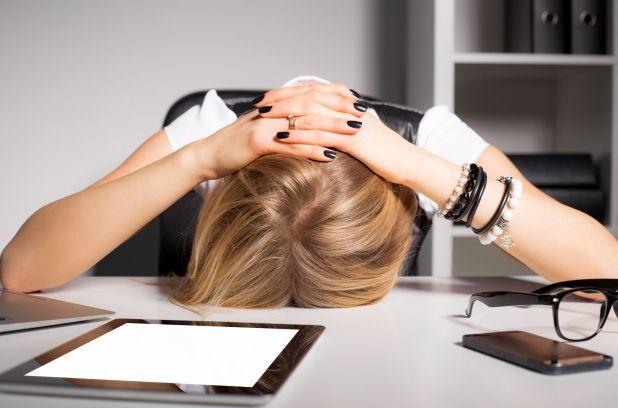 Une recherche récente met en lumière une cause insoupçonnée d'épuisement professionnel: l'incongruence de motivation. Mauvaise nouvelle pour les vacanciers qui rentrent au travail : le simple repos n'est pas suffisant pour en venir à bout.
