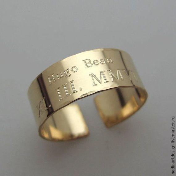 Купить Широкое кольцо в стиле унисекс. Золотое кольцо с гравировкой на заказ - золотой, кольцо