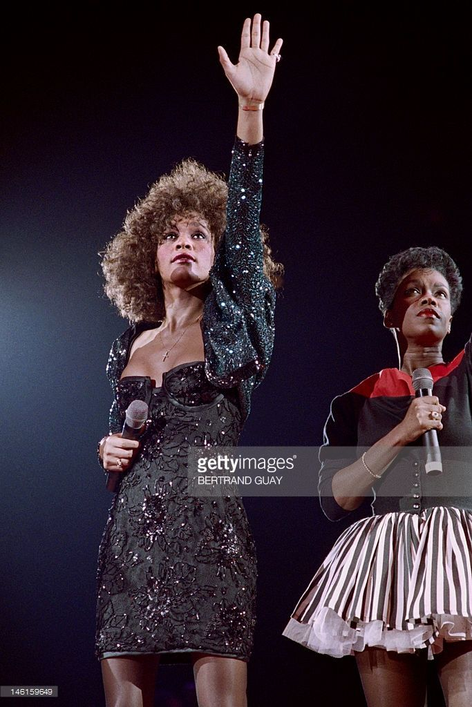 A file picture taken on May 18, 1988 in Paris shows US singer Whitney Houston (L) waves the audience when performing at the POPB (Bercy hall). Grammy-winning pop legend and actress Whitney Houston, 48, was found dead on February 11, 2012 in a Beverly Hills hotel, police said.