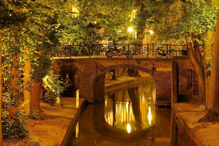 Donker Utrecht - Quintijnsbrug over Nieuwegracht