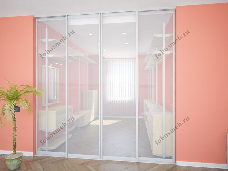 На фото: Комната отделена от квартиры системой раздвижных дверей купе Aristo