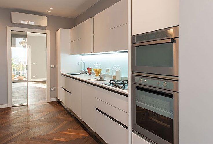 A casa di Gino&Serena At Gino&Serena House Modello_Model: Oyster Pro Rivenditore: Veneta Cucine Palermo http://www.venetacucine.com/ita/racconti-di-vita/ginoeserena.php #raccontidivita