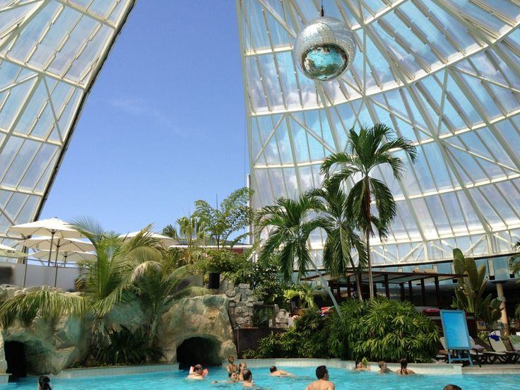 Hot spring/ spa/ waterpark. And much closer to Munich.. This would be great the day after Oktoberfest.