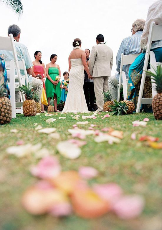 15 Must See Pineapple Wedding Ideas