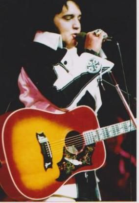Elvis Presley In Concert August 19, 1975  Midnight Show  Las Vegas Hilton