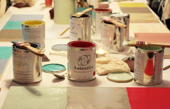 Hemos diseñado este taller de iniciación a Autentico Chalk Paint para que podáis aprender sencillas técnicas de aplicación de esta pintura eco-friendly y lograr unos acabados con efectos envejecidos, craquelados....y muchas cosas más. Además p