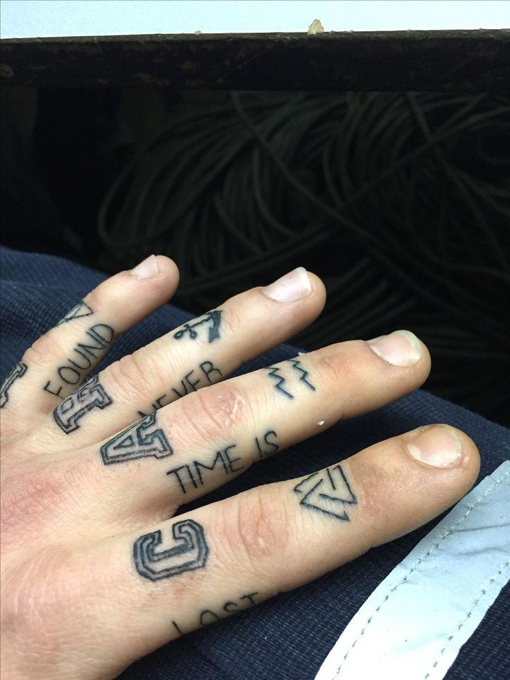 #tattoo #fingertattoo