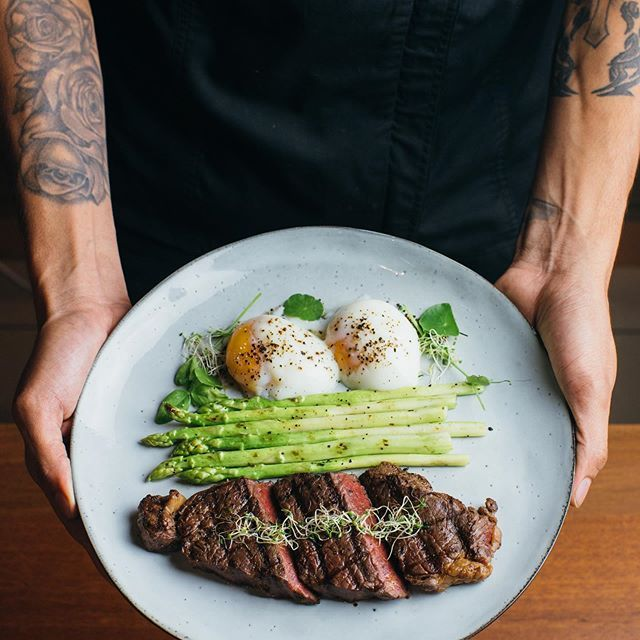 Brunch be like Steak and eggs with grilled aspara…