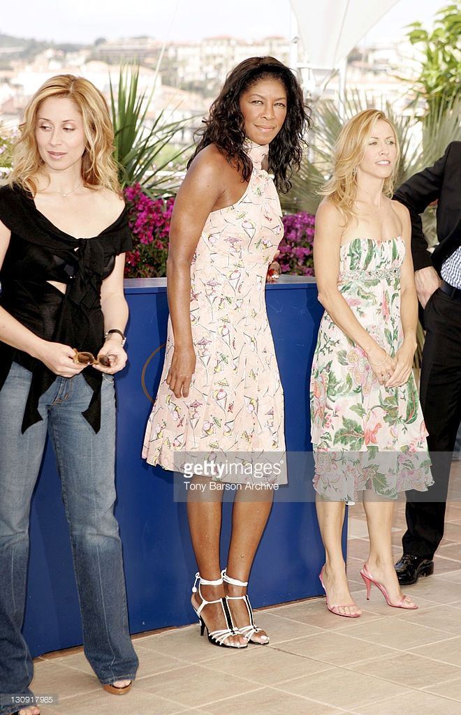Photo d'actualité : Lara Fabian, Natalie Cole and Sheryl Crow during...