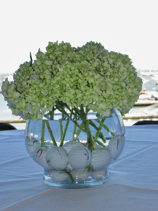 golf tournament centerpiece... different flowers though