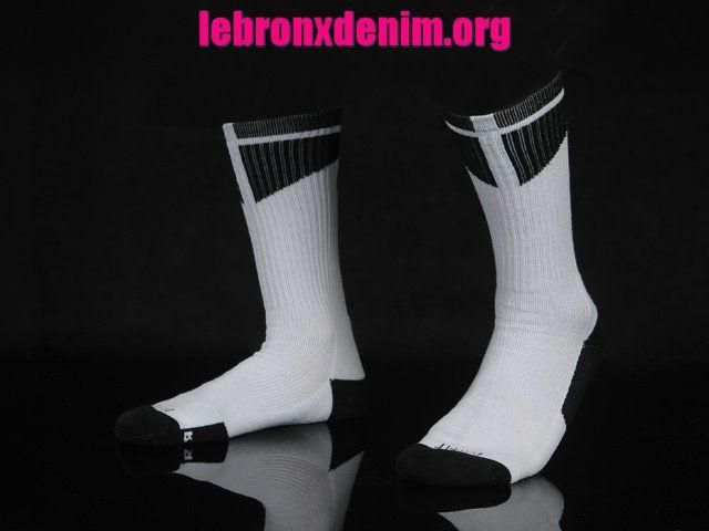 White Black Jordan AJ Dri-Fit Crew Sock Mens [Lebron X Denim 264]