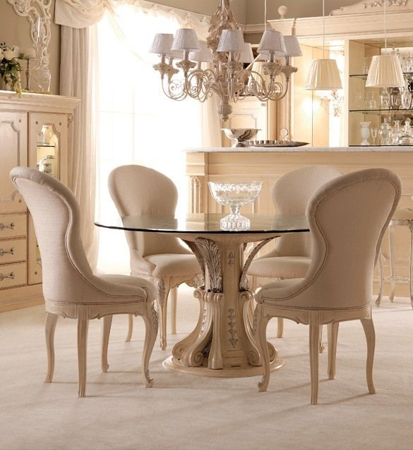 Opulent Italian round glass dining table set