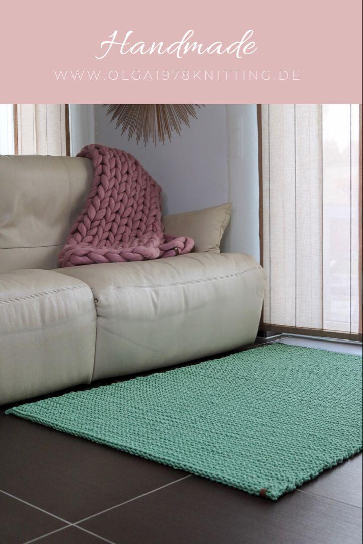 Teppich Gehakelt Aus Der Baumwollschnur In 2020 Teppich Hakeln Teppich Farbmuster