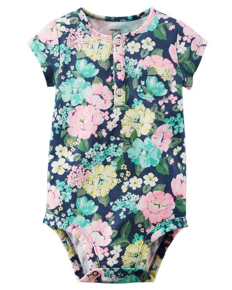Featuring a fun print, this soft cotton bodysuit pairs perfectly with stretchy leggings for all day play!