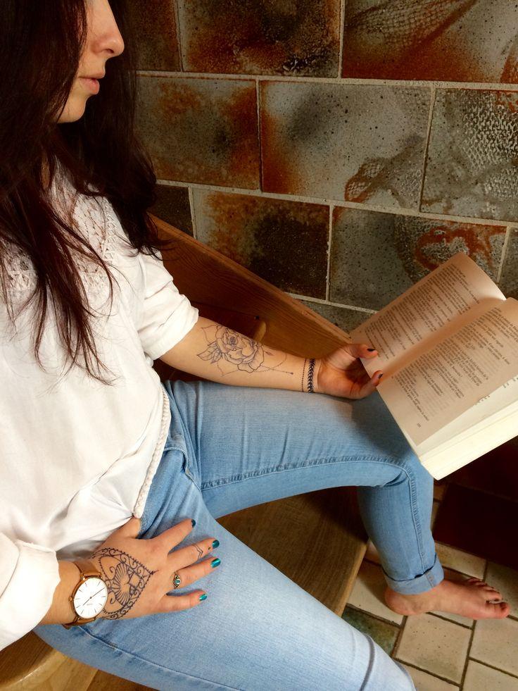 17 meilleures id es propos de tatouage avant bras femme sur pinterest manchette tatouage - Bras tatoue femme ...