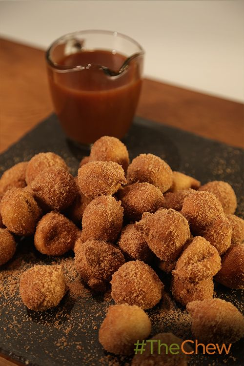 These bite sized Banana Beignets with Vanilla Bourbon Caramel are the perfect way to end your day!