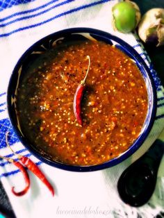 Chile de Molcajete - This looks identical to the taco sauce that we're addicted to from a local taqueria.