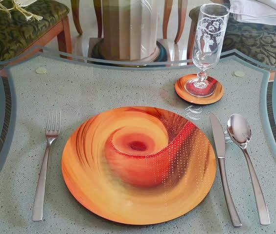 Impress your guests with this set of placemats and coasters by Dalalism.  Email dalal.farah2010@gmail.com for more info