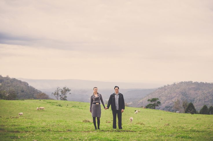 Country couples photography. Hillside.