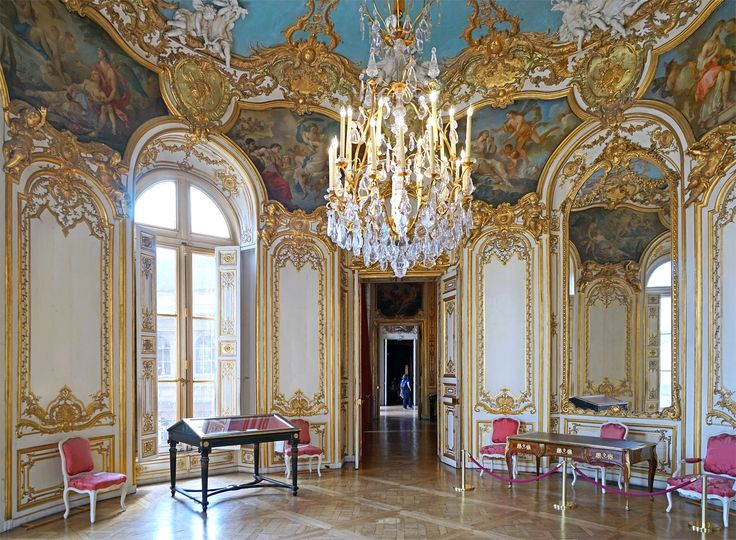 22 best keep the harmony of the room in our interior for French baroque interior