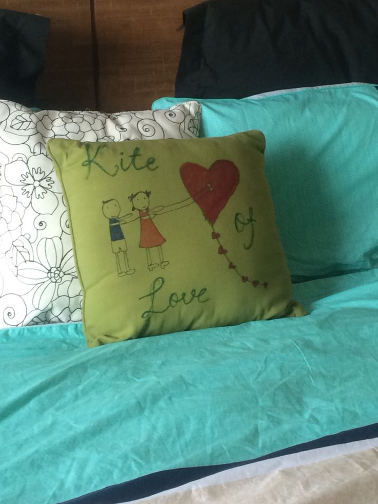 Cute pillow cover picture for kids room Diy pillow cover using sharpie :) Pinterest Pillow ...