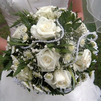 White Roses and Chrysanthemums Bouquet - Rose Wedding Bouquets Pictures