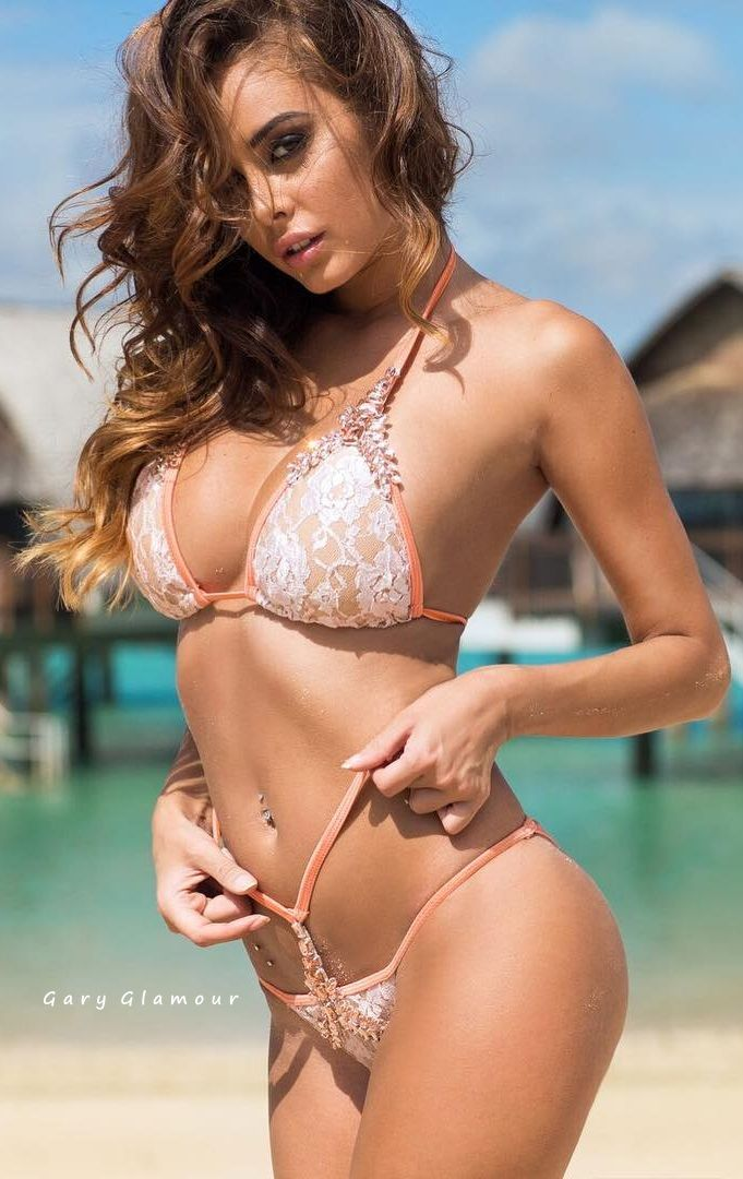 9386013ff18bf Charming Bikini Girls. Daily Pics. Sunny Beaches   Stylish Swimwear. Are  You Ready for the Summer
