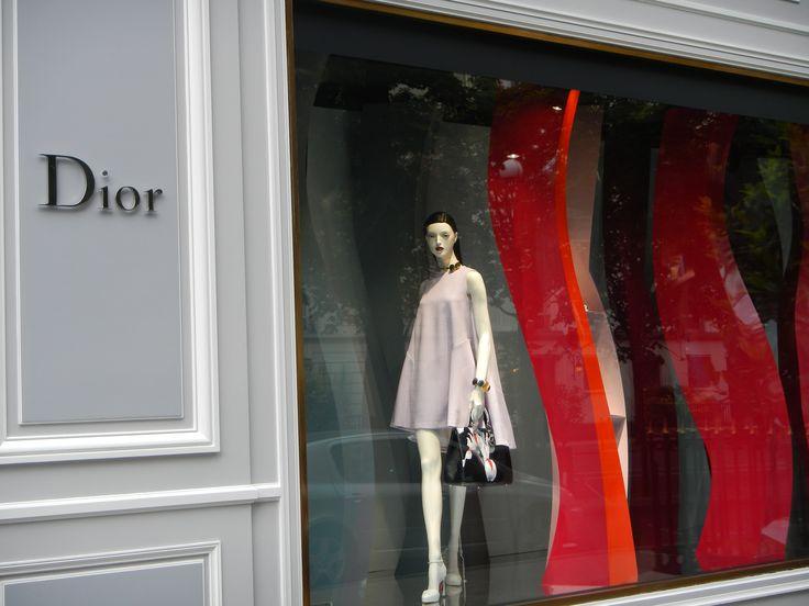 Vitrine Dior