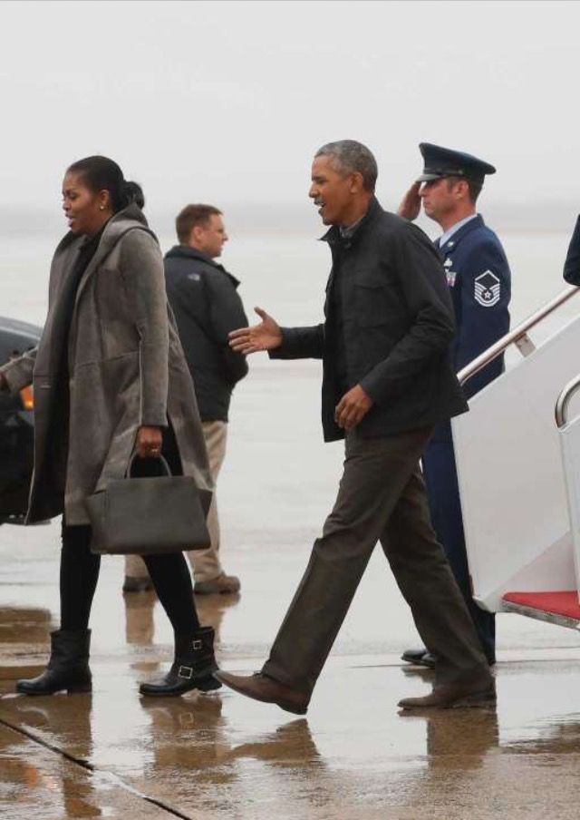 First Family Obama's #Returned from #Hawaii Monday January 2, 2017 President Obama announces Chicago #FAREWELL #ADDRESS #SCHEDULE #TUESDAY #JANUARY10th #2017 In His #HomeTown #Chicago #44th #President #POTUS Of The United States  Of America #CommanderInChief #BarackObama #FirstLady #FLOTUS Of The United States  Of America #MichelleObama #FirstDaughters Of The United States  #MaliaObama #SashaObama #TheWhiteHouse #WhiteHouse #FirstFamilyObamas #FirstFamily #Obamas #Obama
