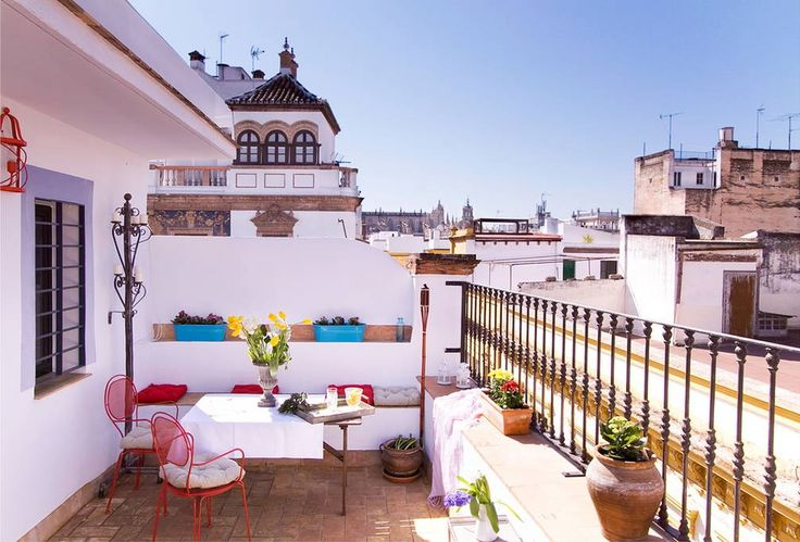 Check out this awesome listing on Airbnb: Studio for 2people by the City Hall - Apartments for Rent in Seville - Get $25 credit with Airbnb if you sign up with this link http://www.airbnb.com/c/groberts22