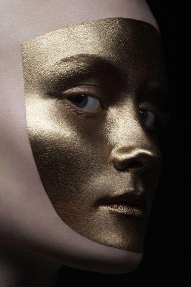 Art - Loni Baur MakeUp #mask #goldmask #makeup