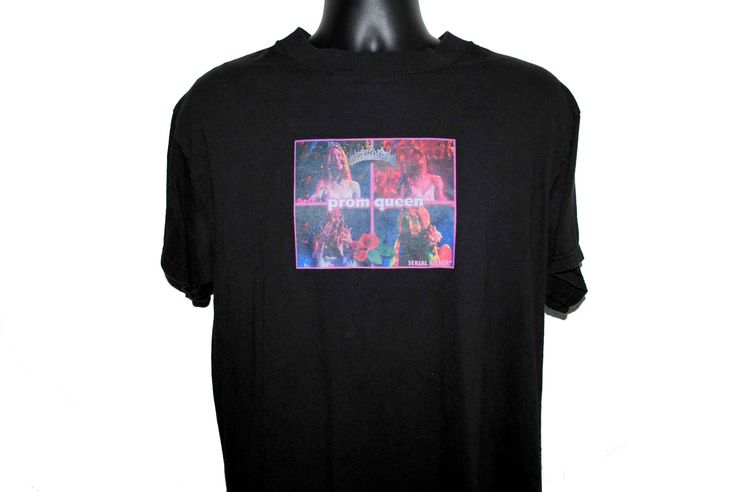 90's Carrie PROM QUEEN Rare Vintage Serial Killer Classic Mallrat Style Streetwear Brand T-Shirt